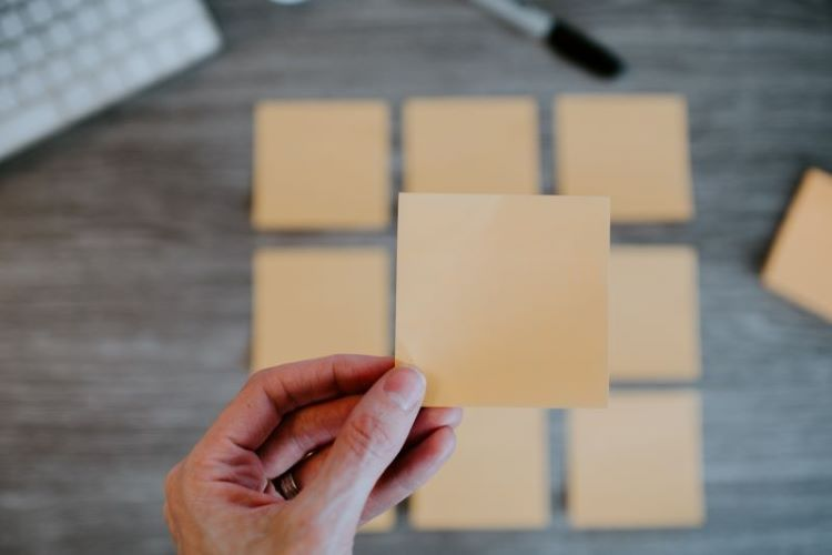 Want to really connect with the people around you? Put down the post-its.